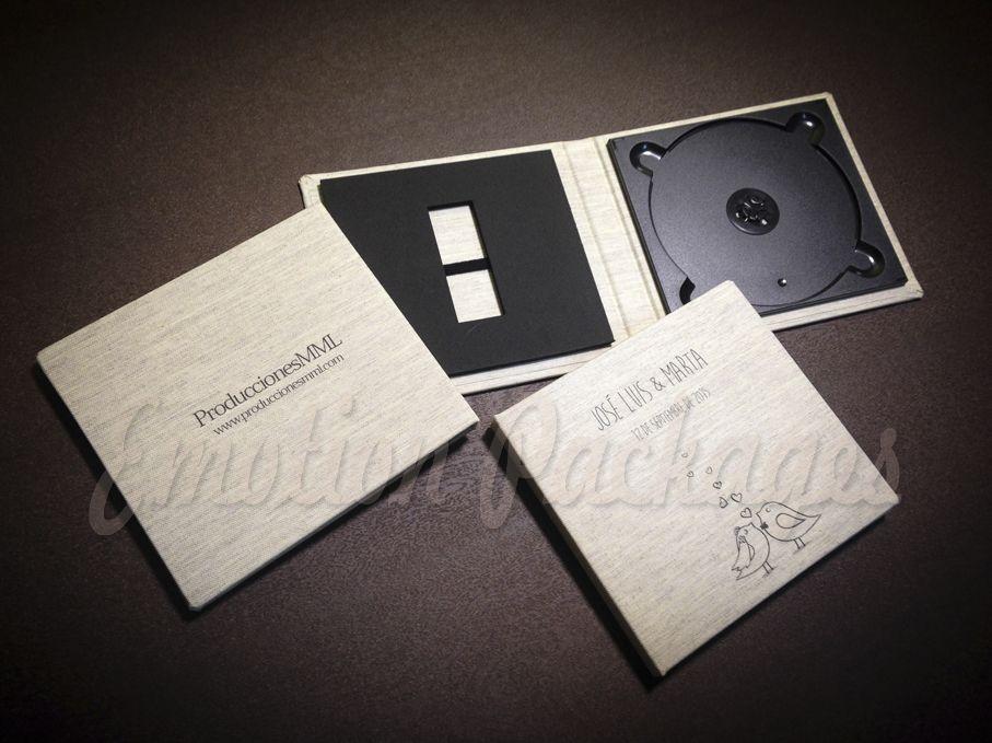 www.emotionpack.es Estuches personalizados desde sólo 1 unidad. #woodbox #cajamadera #vintagebox #videopackaging #soportesfotográficos #photopackaging #cajafotovideo #woodusb #woodpendrive #laserpendrive #laserengrave #grabadolaser #printcase #estuchesfoto&video #estuchespersonalizados