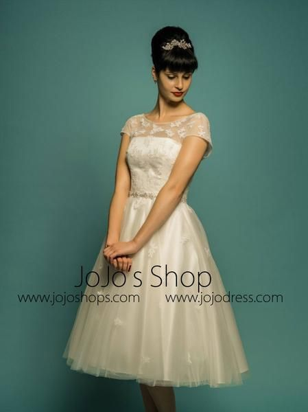 Vintage Retro 50s Modest Lace Wedding Dress with Sleeves | Wedding ...