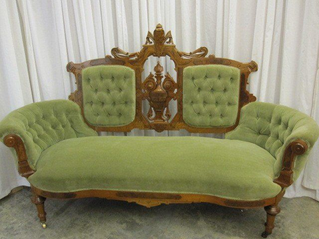 Awesome Antique Walnut Victorian Style Button Tuck Sofa Chaise Onthecornerstone Fun Painted Chair Ideas Images Onthecornerstoneorg