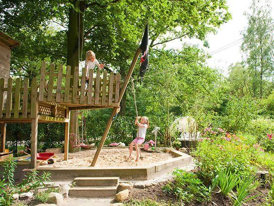 Pin Von Ursella Auf Sandkasten Familiengarten Garten Spielplatz Garten