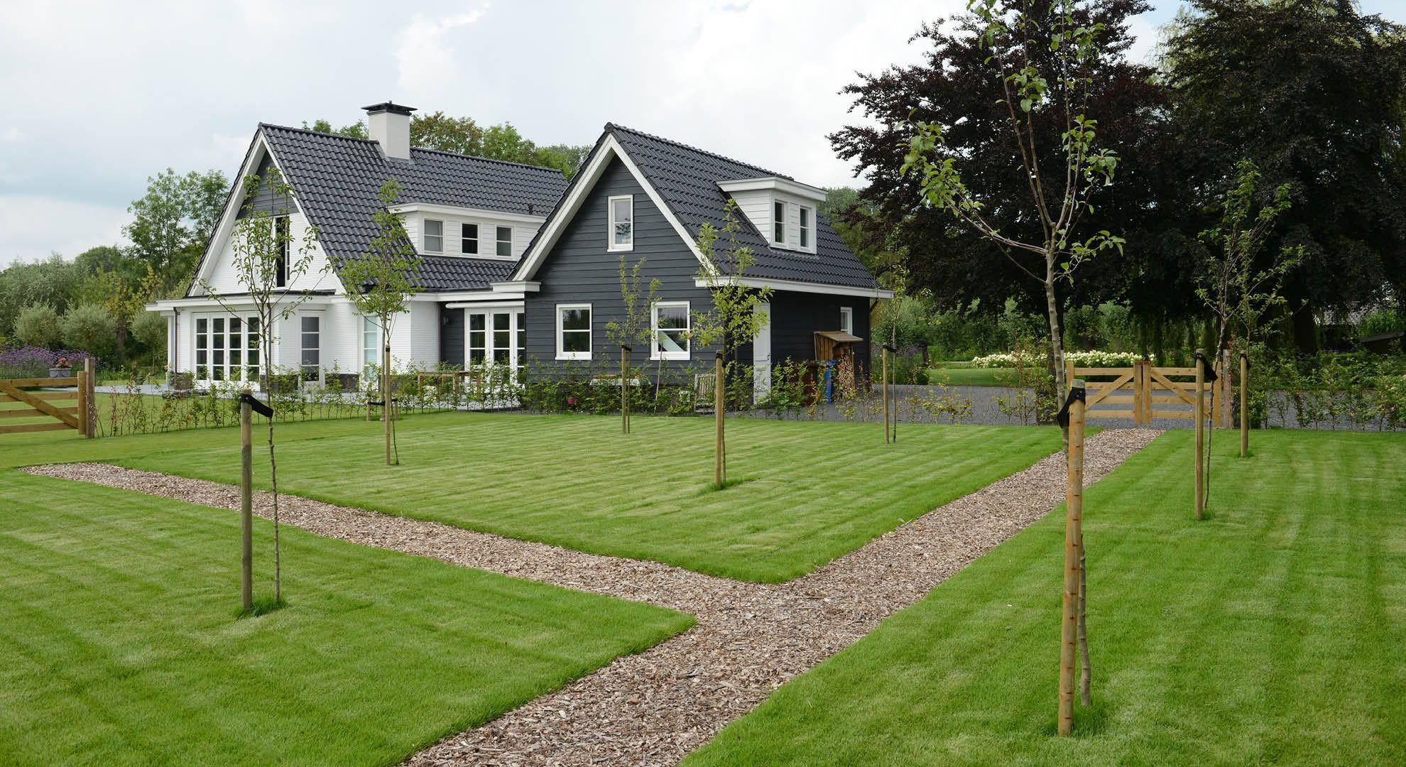 Rodenburg tuinen landelijke tuin bij modern landhuis de for Modern landhuis