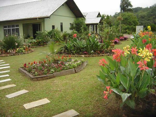 100 fotos de jardins de casas para inspirar | Jardins ...