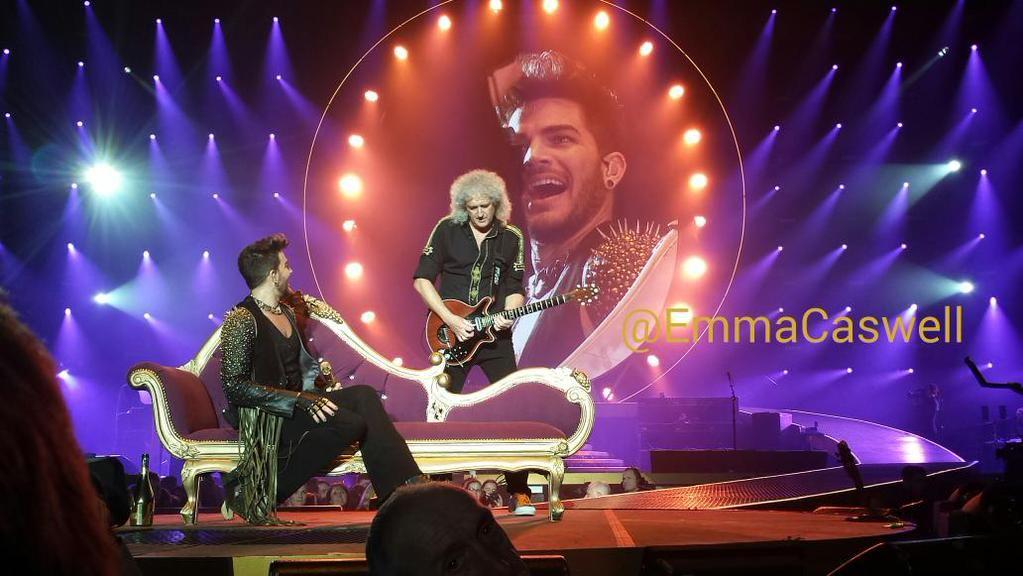 """""""OMG it's Brian May!"""""""