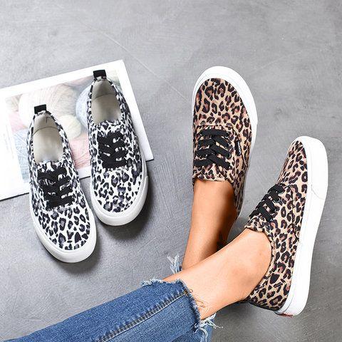 Sneakers fashion, Casual shoes women