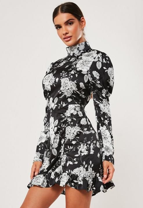 Missguided - Petite Black Floral High Neck Ruched Frill Mini Dress