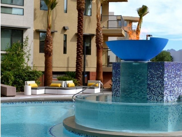 Check Out Legend At Kierland Apartments On Rent Com Scottsdale Apartments Apartment Apartments For Rent