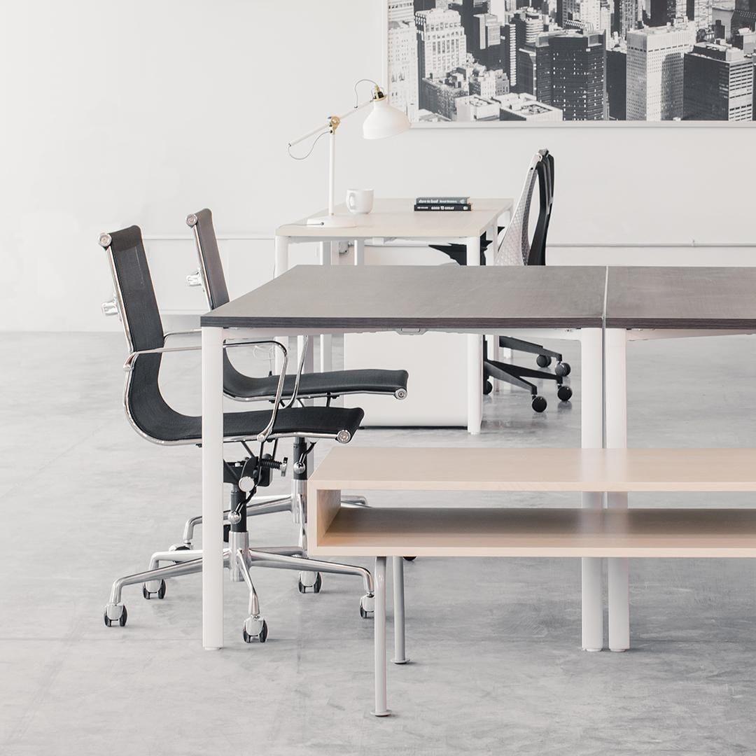 Soho mesh management chair black in 2020 minimalist