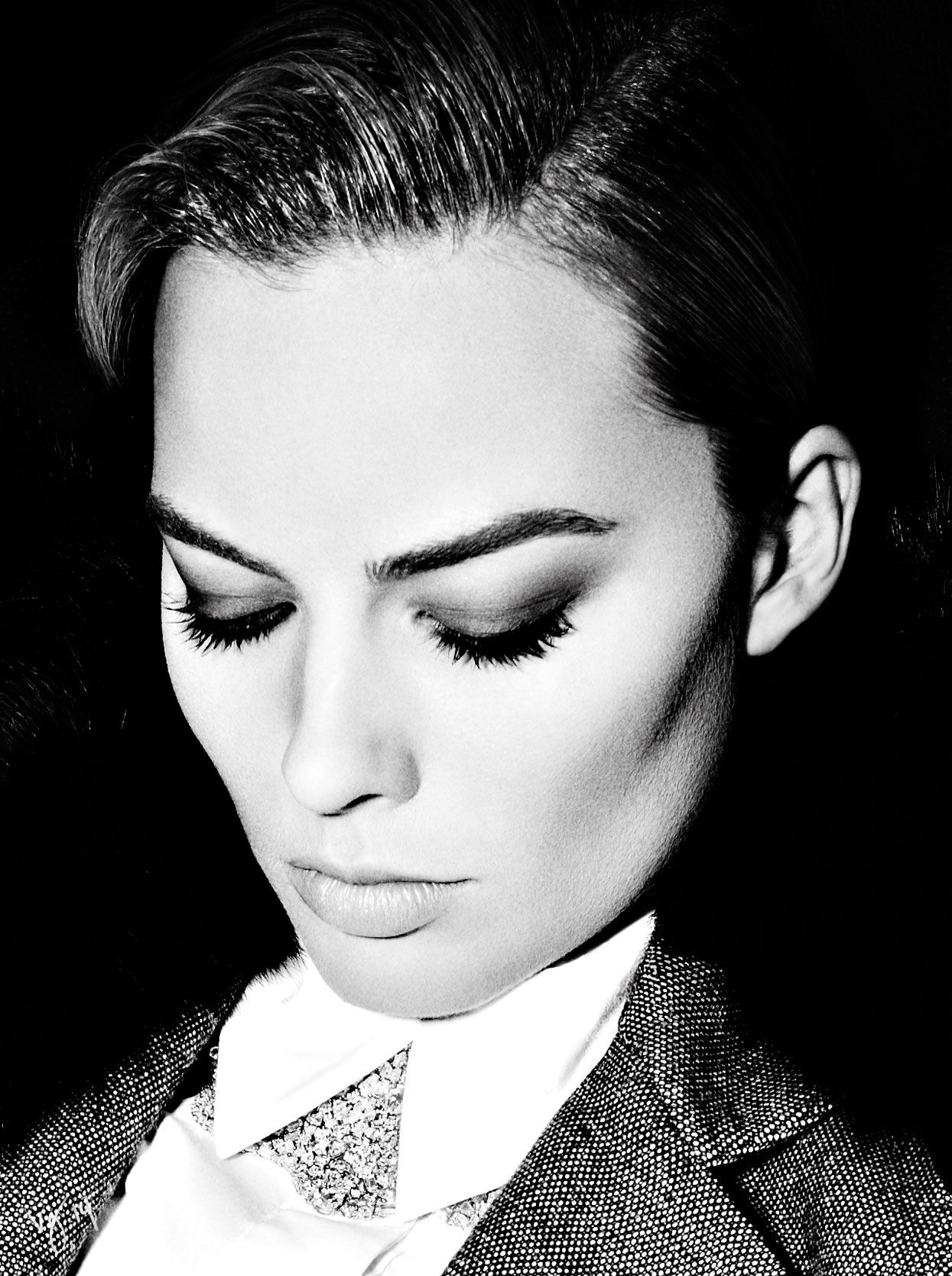 Margot Robbie | Cover Story: Eyes on the Prize | The Violet Files | VIOLET GREY
