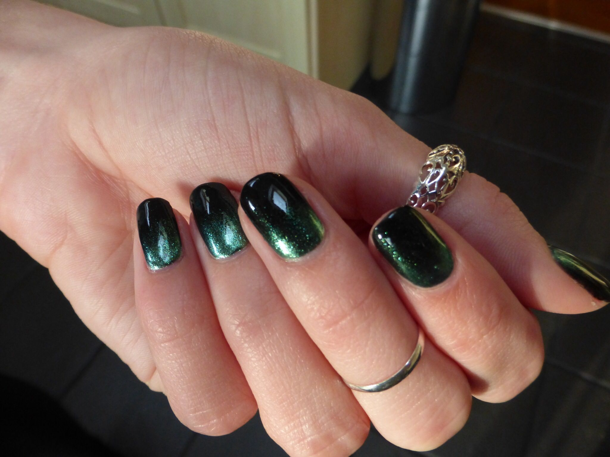 Ombré effect Shellac - Black Pool with Cnd Additive in Green Gold ...