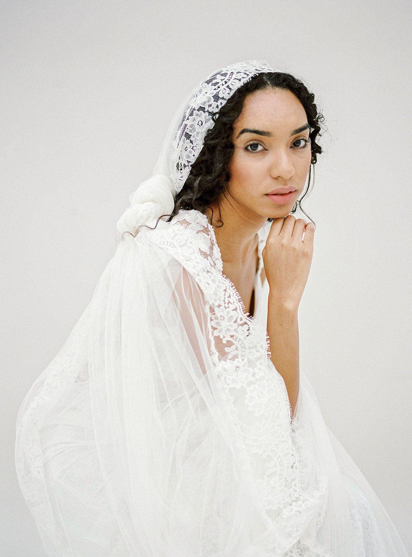 Lace cathedral wedding bridal veil long ivory mantilla veil