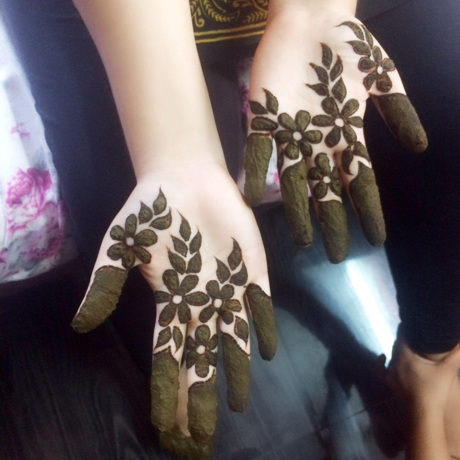 mehandi designs with gorintaku