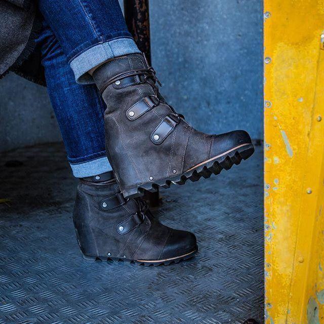 23c81790e506 My new  fall favorite...these  sorel wedge  boots! Click on LINK IN ...