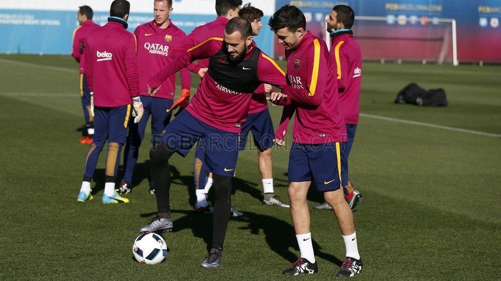 Training session (19/01/16) Aleix Vidal and Munir!   FC Barcelona