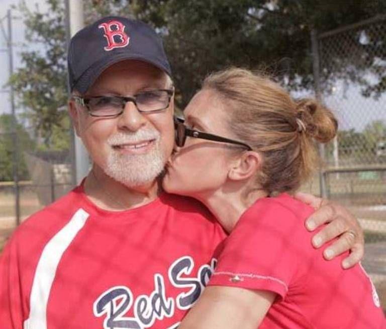 Celine Dion's Husband René Angélil Dies of Cancer; See Her Emotional Tribute - http://www.australianetworknews.com/celine-dions-husband-rene-angelil-dies-cancer-see-emotional-tribute/
