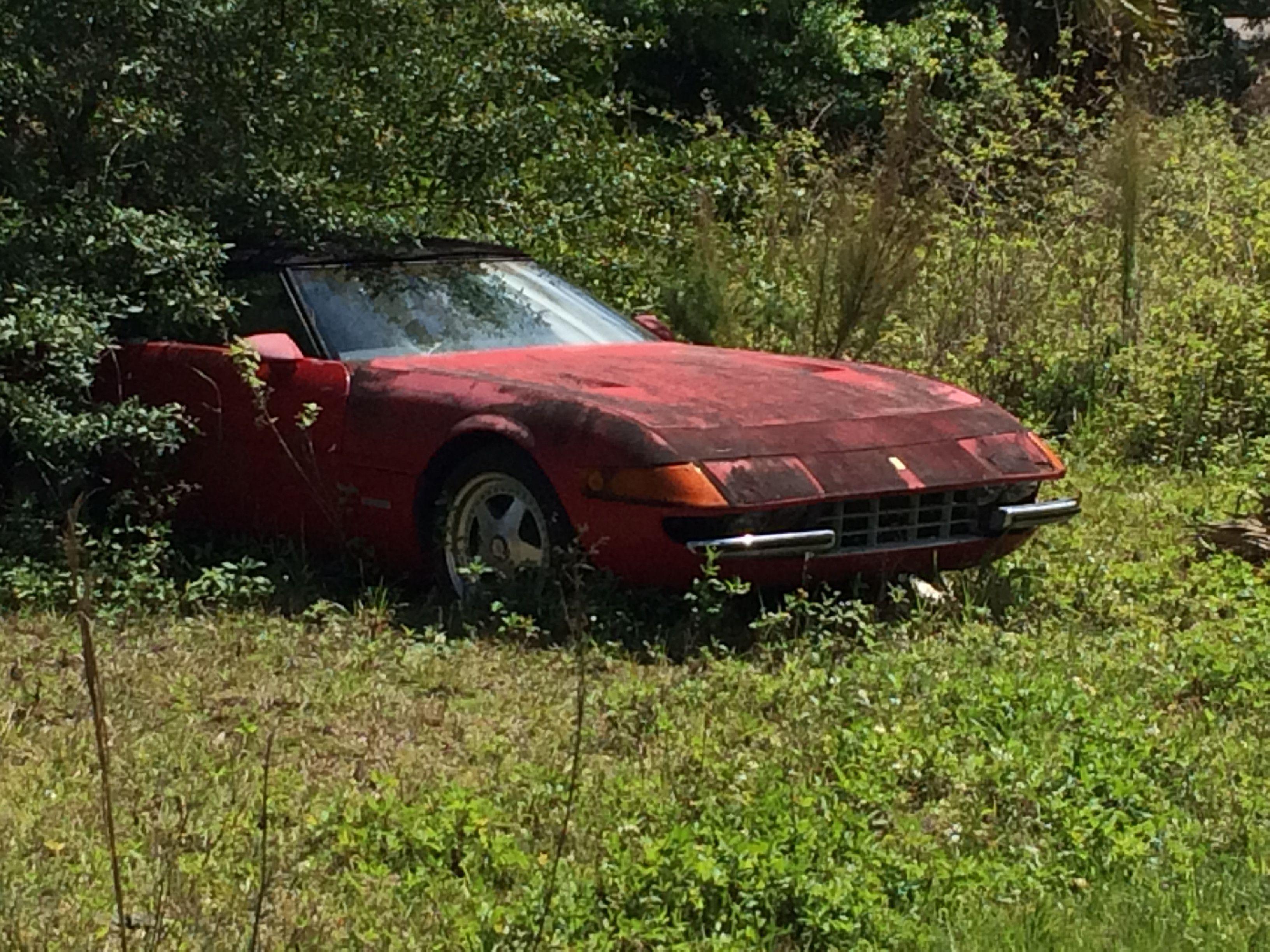 Imgur Abandoned Cars Junkyard Cars Abandoned