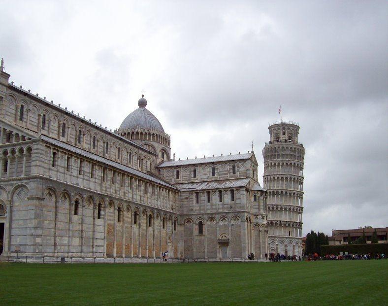 Viagem de meio dia a Pisa e à Torre de Pisa saindo de Florença com 10% de desconto até o dia 15 de abril, não perca.  #viatorpt