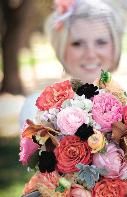 Lisa Flor Decor gives creativity and sweet accents to your wedding. visit www.lisaflordecor.com to see more!