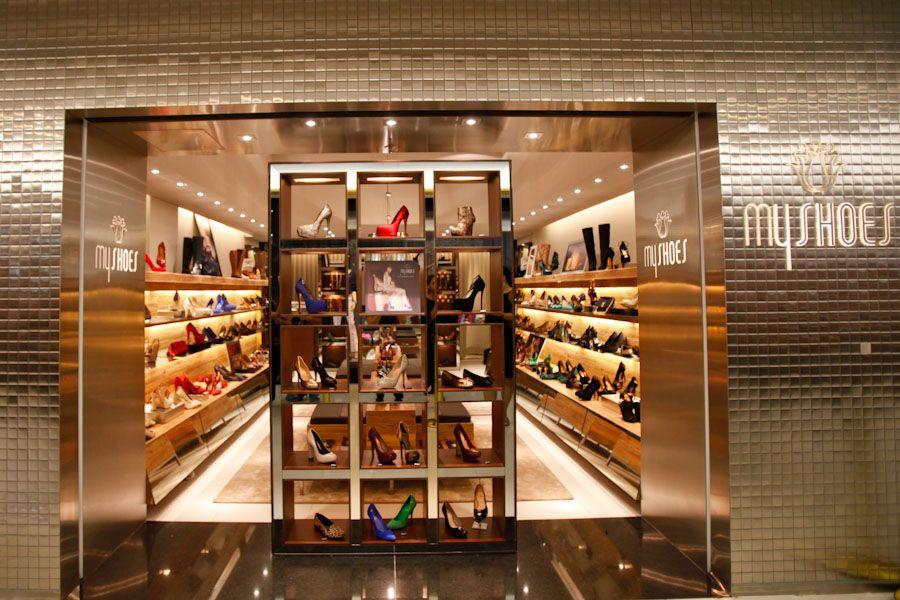 322d34ba03950 vitrine de loja de sapatos femininos - Pesquisa Google   Store ...