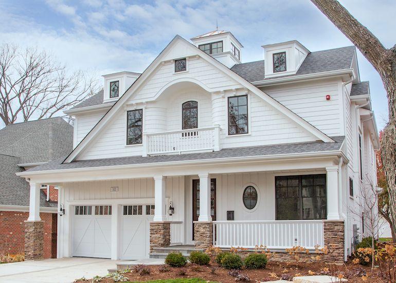 Single Gable Board Batten With Lap Siding House Siding Board And Batten Exterior Gable House