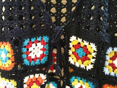 Granny Square Crochet Vest Tie Front | Pinterest | Ganchillo único ...