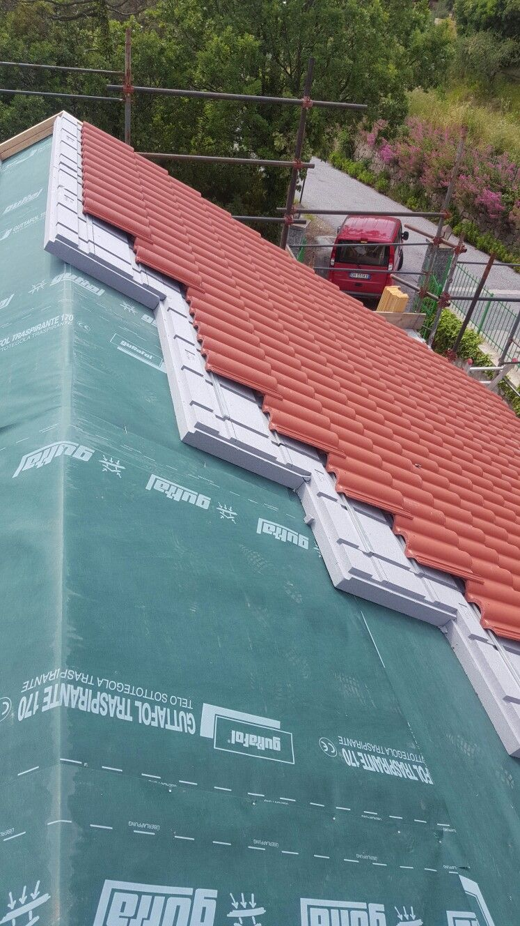 Tetto Coibentato Con Barriera Al Vapore Roof Construction House Roof Roof Structure