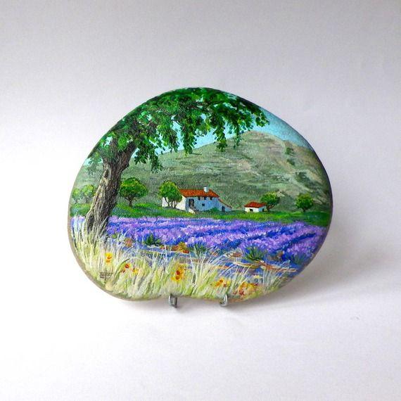 Peinture sur galet champs de lavande et mas proven ale - Peinture sur galet mandala ...