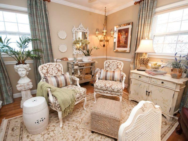 Landhausstil-franzoesischer-hell-farben-wohnzimmer-sessel ... Wohnzimmer Farben Landhausstil