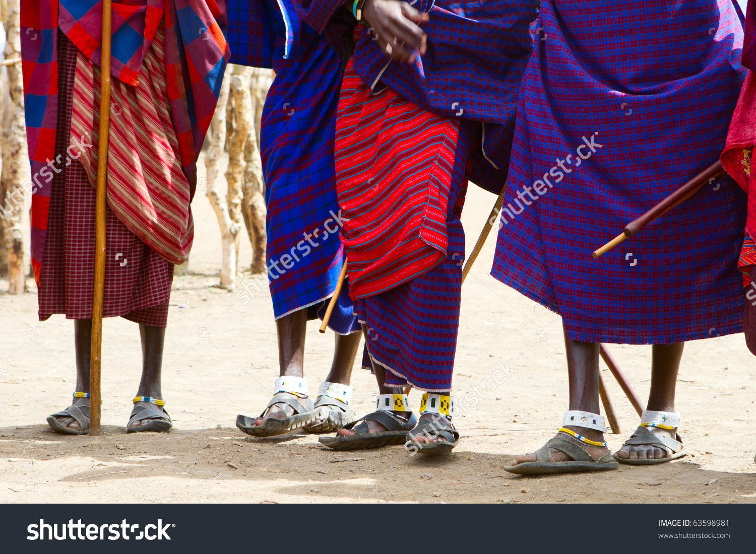 stock-photo-closeup-of-legs-and-colorful-textile-of-masai-tribe-in-tanzania-63598981.jpg (1500×1100)