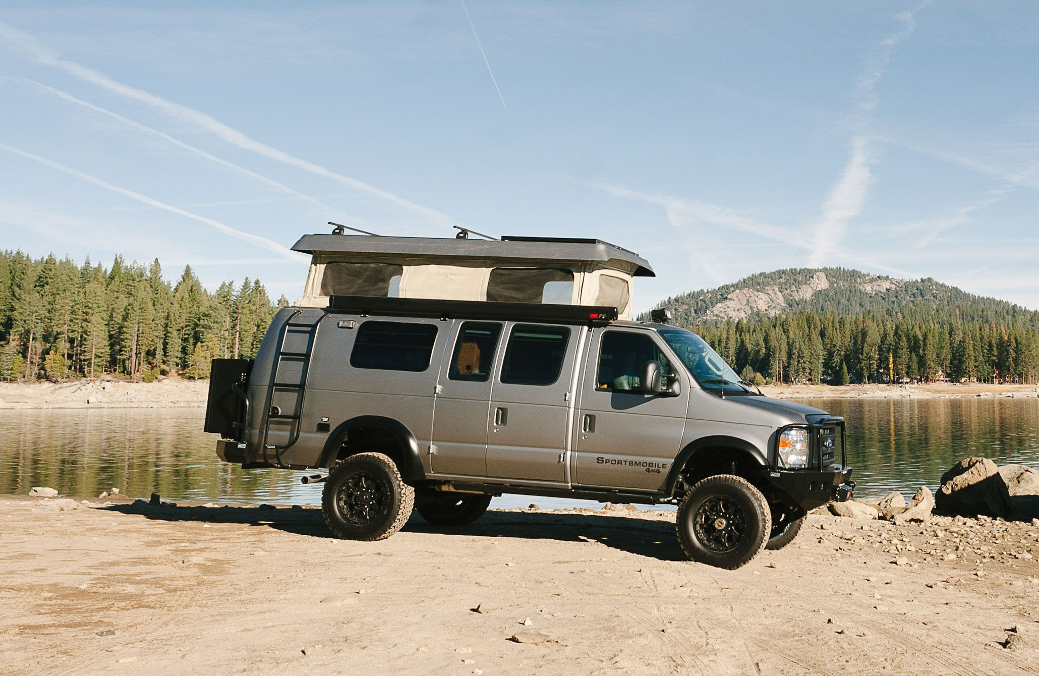 2015 Sportsmobile Ford E350 Classic Roof Top Penthouse Open...Aluminess gear all around!