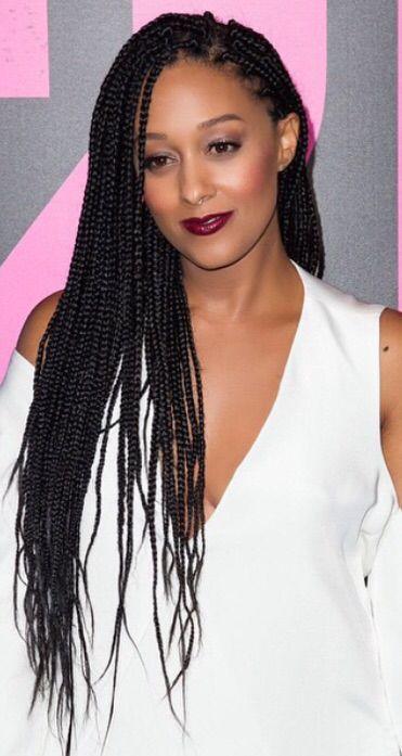 Tia Mowry-Hardrict's box braids look so romantic.