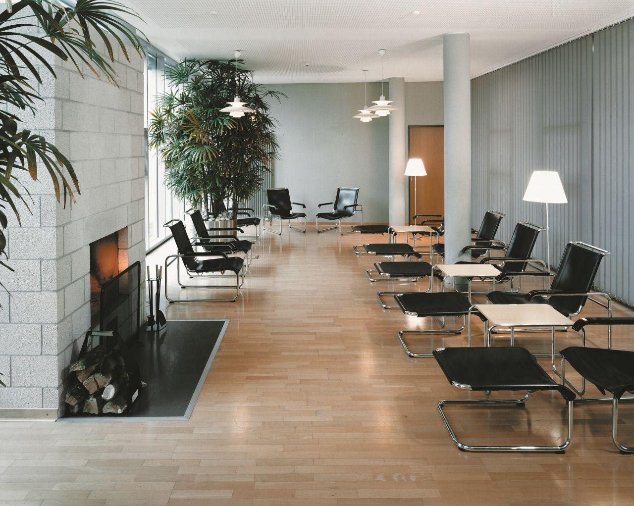 THONETNESTING TABLE B9a/b/c/d Pure Materials Collection Walnut #interior #bauhaus #design #modern #inspiration #thonet #furniture #cantilever #chair #lounge
