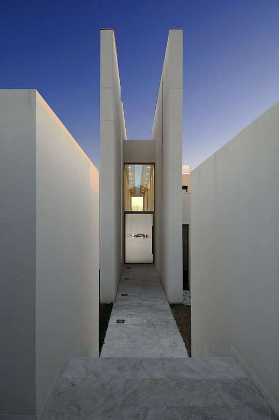 Psychiko house by divercity architects greek architecture design styles also rh pinterest
