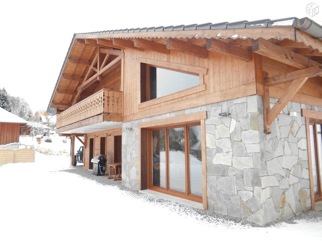 magnifique chalet pierres et bois 230 m2 ventes. Black Bedroom Furniture Sets. Home Design Ideas