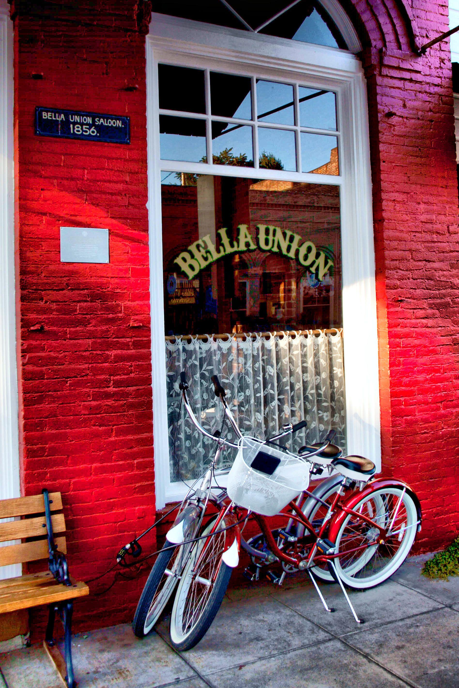 Bella Union GREAT restaurant in Jacksonville, Oregon