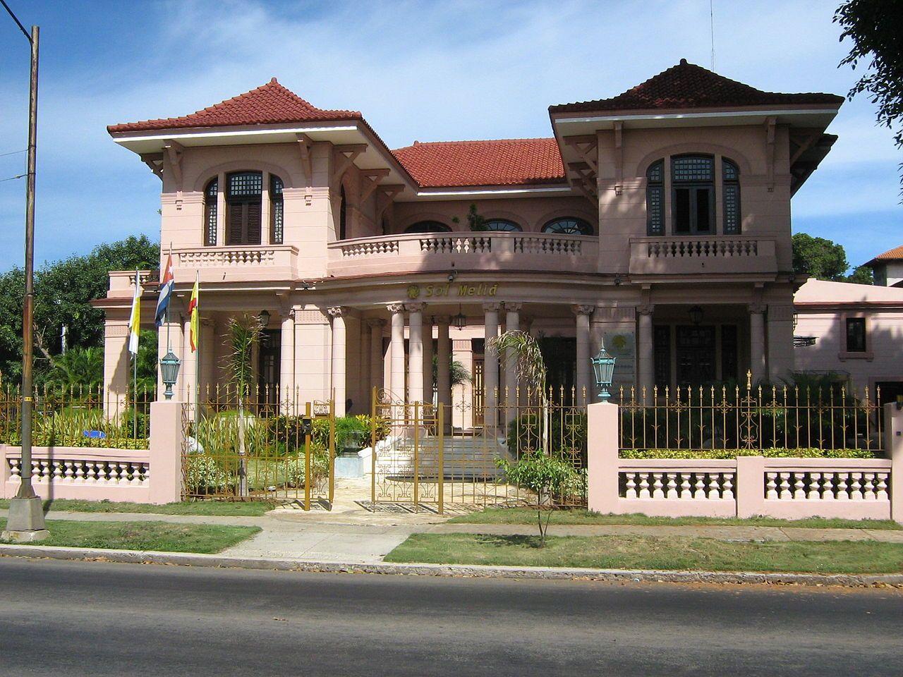 Oficinas de Sol Melia en la Quinta Avenida House styles