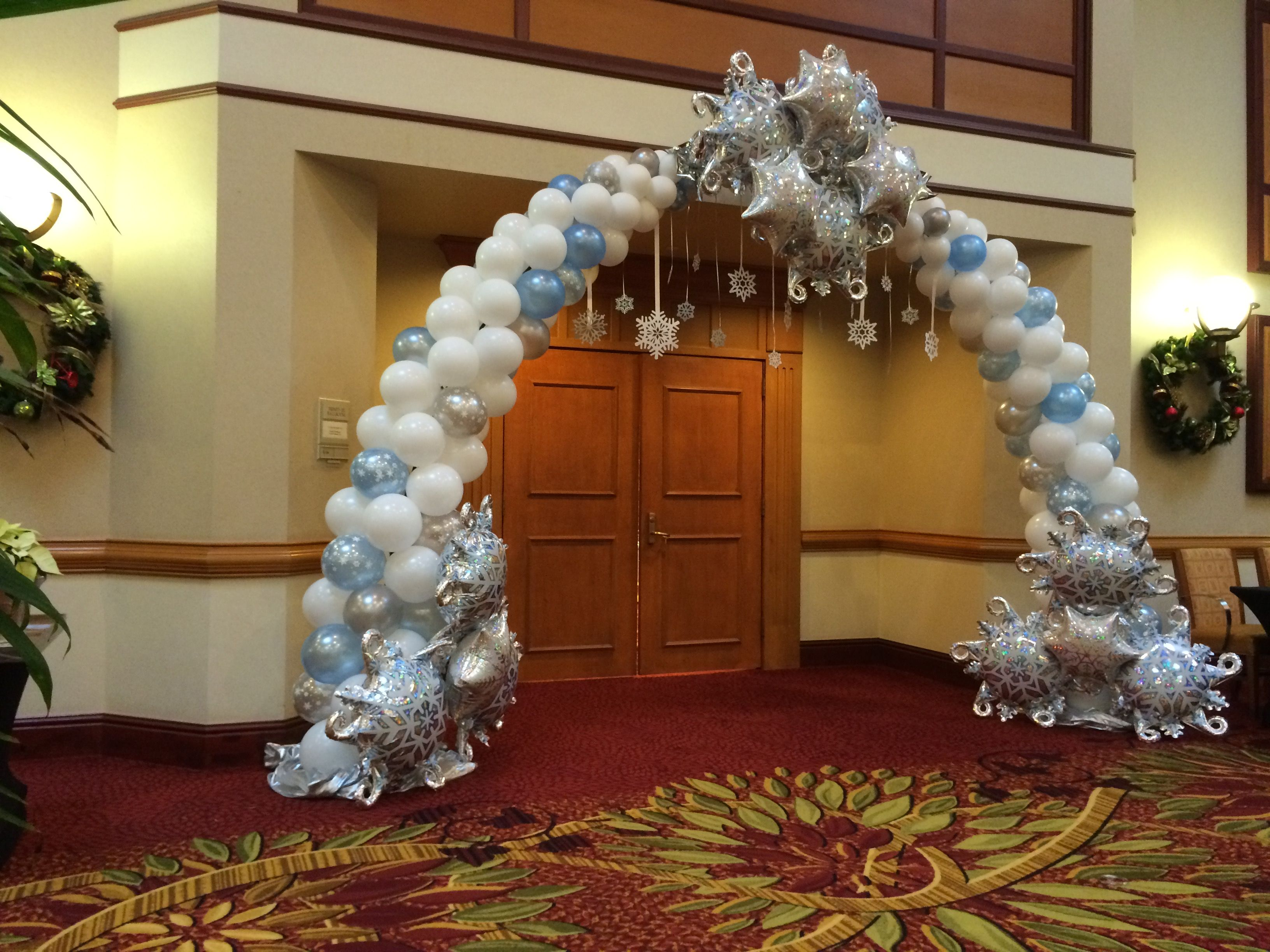 Frozen wonderland theme arch balloons decor theme party for Arch balloon decoration