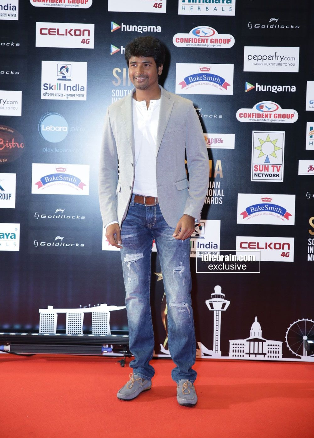 Siva Karthikeyan at South Indian International Movie Awards (SIIMA) 2016- Day 2 http://idlebrain.com/news/functions1/celebrities-siima20161/index.html