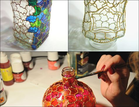 How To Paint Wine Bottles To Look Like Stained Glass Google Search Bottle Art Painted Wine Bottles Wine Bottle Art