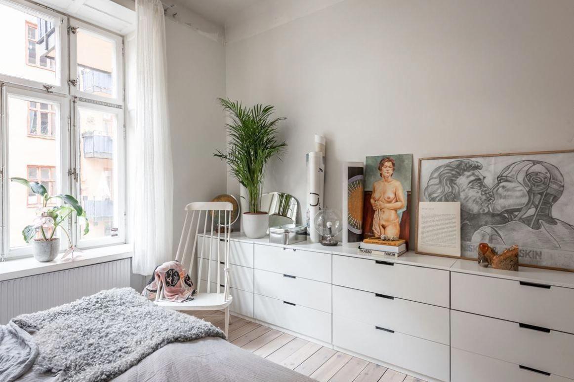 8 Ideas For Making A Bedside Table Dormitorios Piso De Alquiler Decoracion Dormitorios