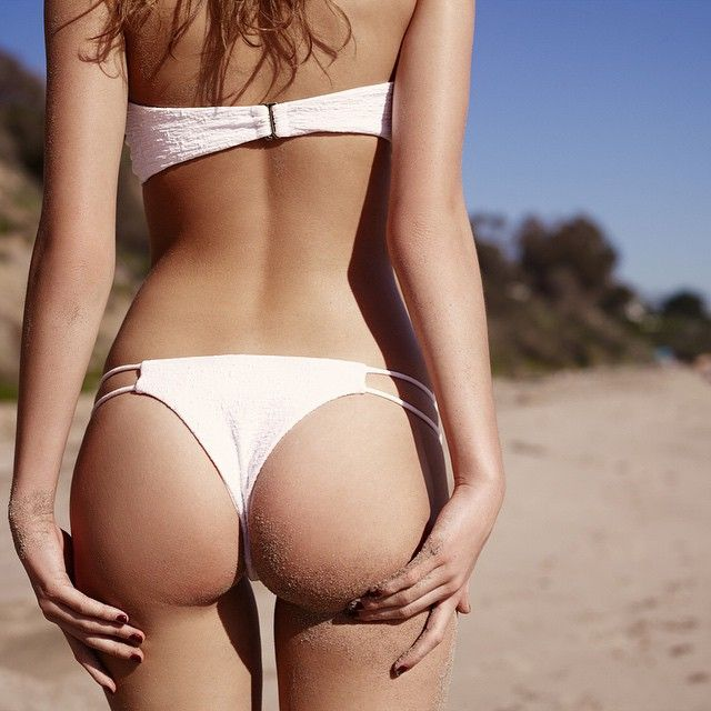 Argentine Model Camila Morrone Ladies Loving The Sun