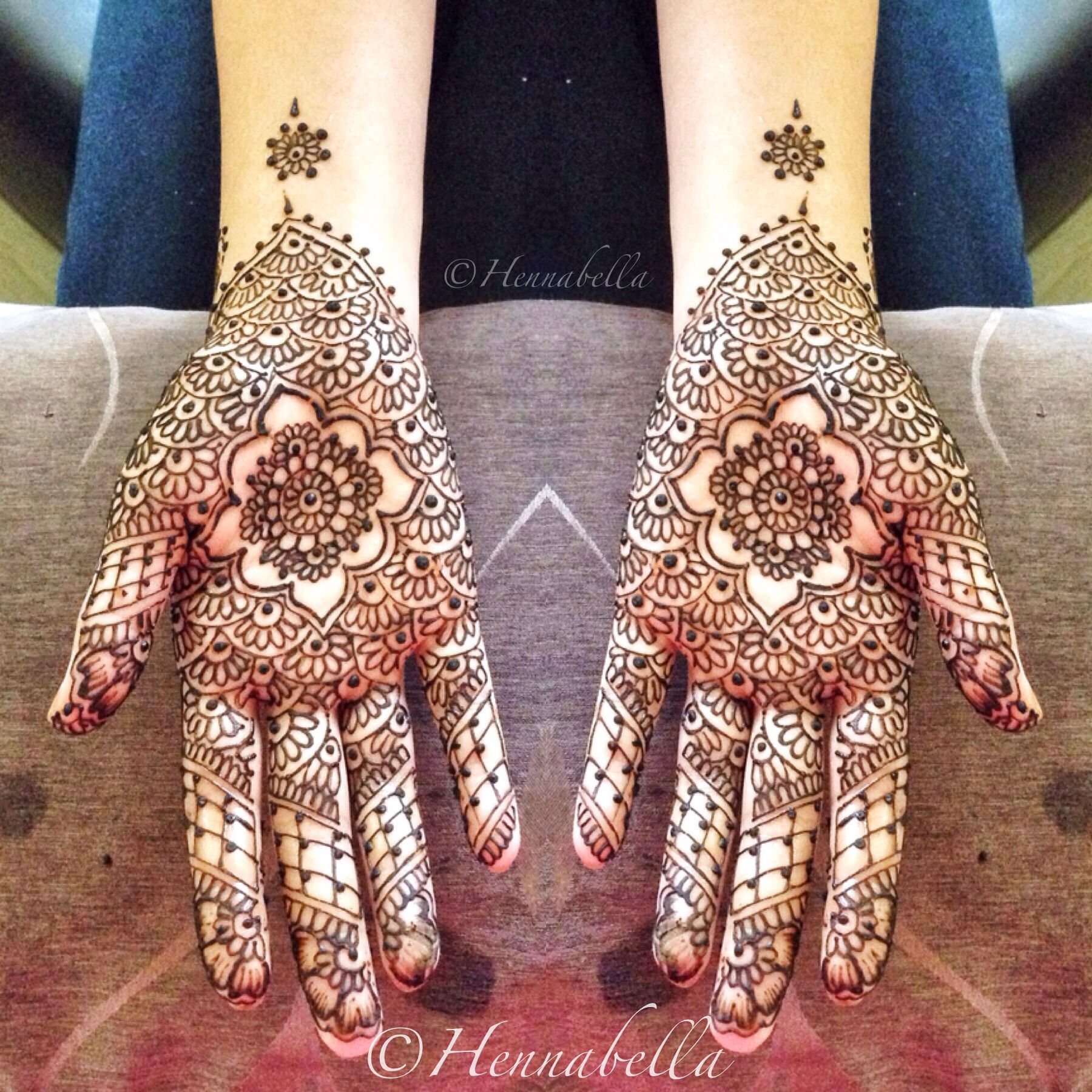 Intricate Mehndi Patterns : Intricate moroccan henna design