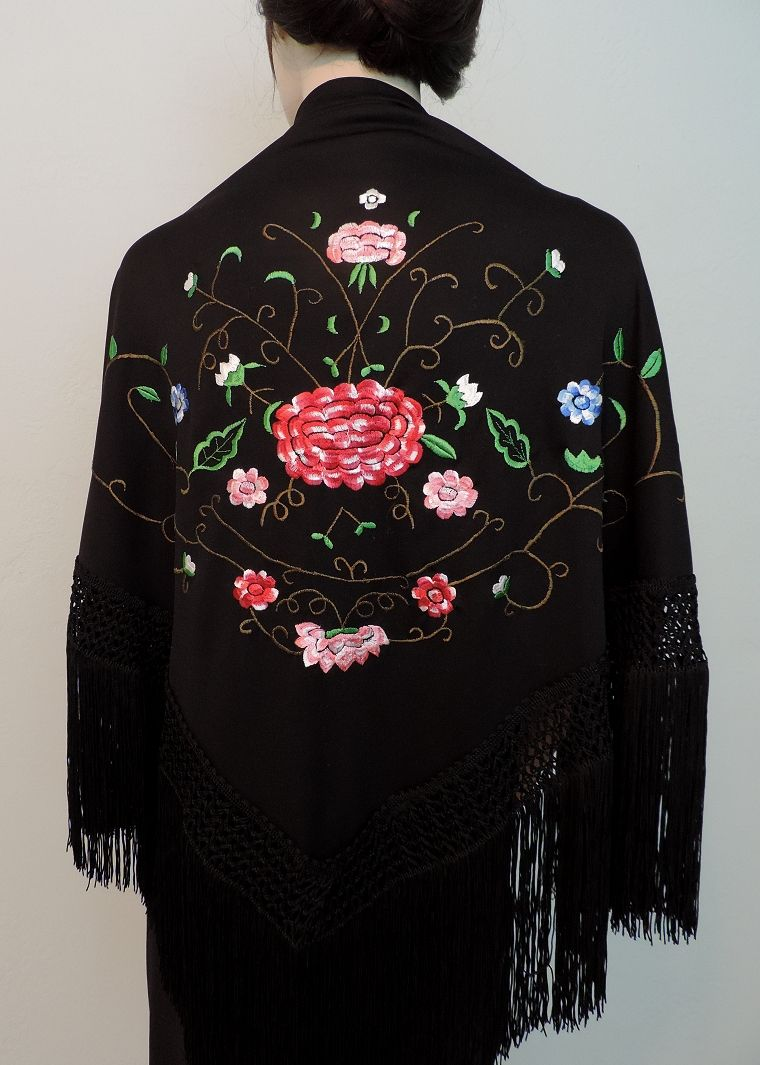 Embroidered Triangular Shawl Pico from Spain S-89