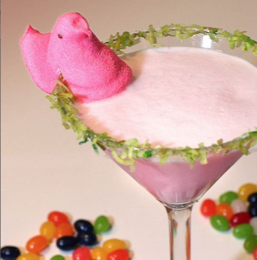 Easter Basket Cocktail. I would change the ingredients in the drink, but it's super cute!!