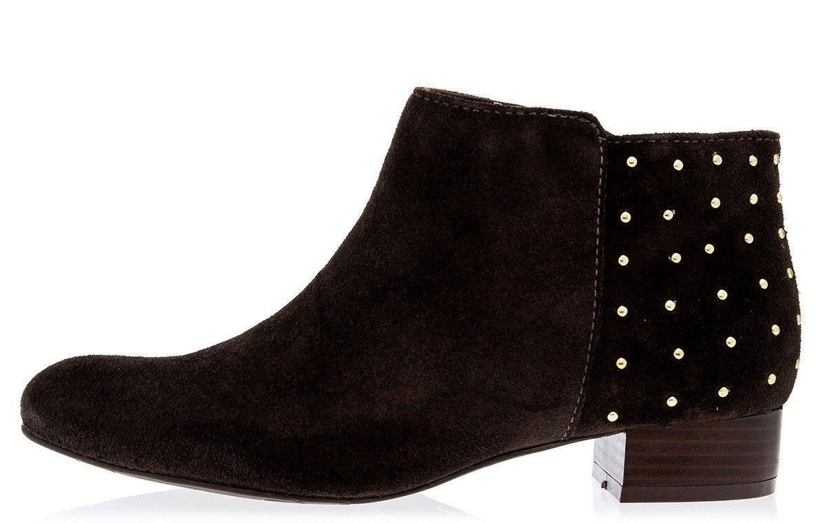 5b065a484 Taquilla - Bota Lilly's Closet marrom com tachas - Loja online de sapatos  femininos
