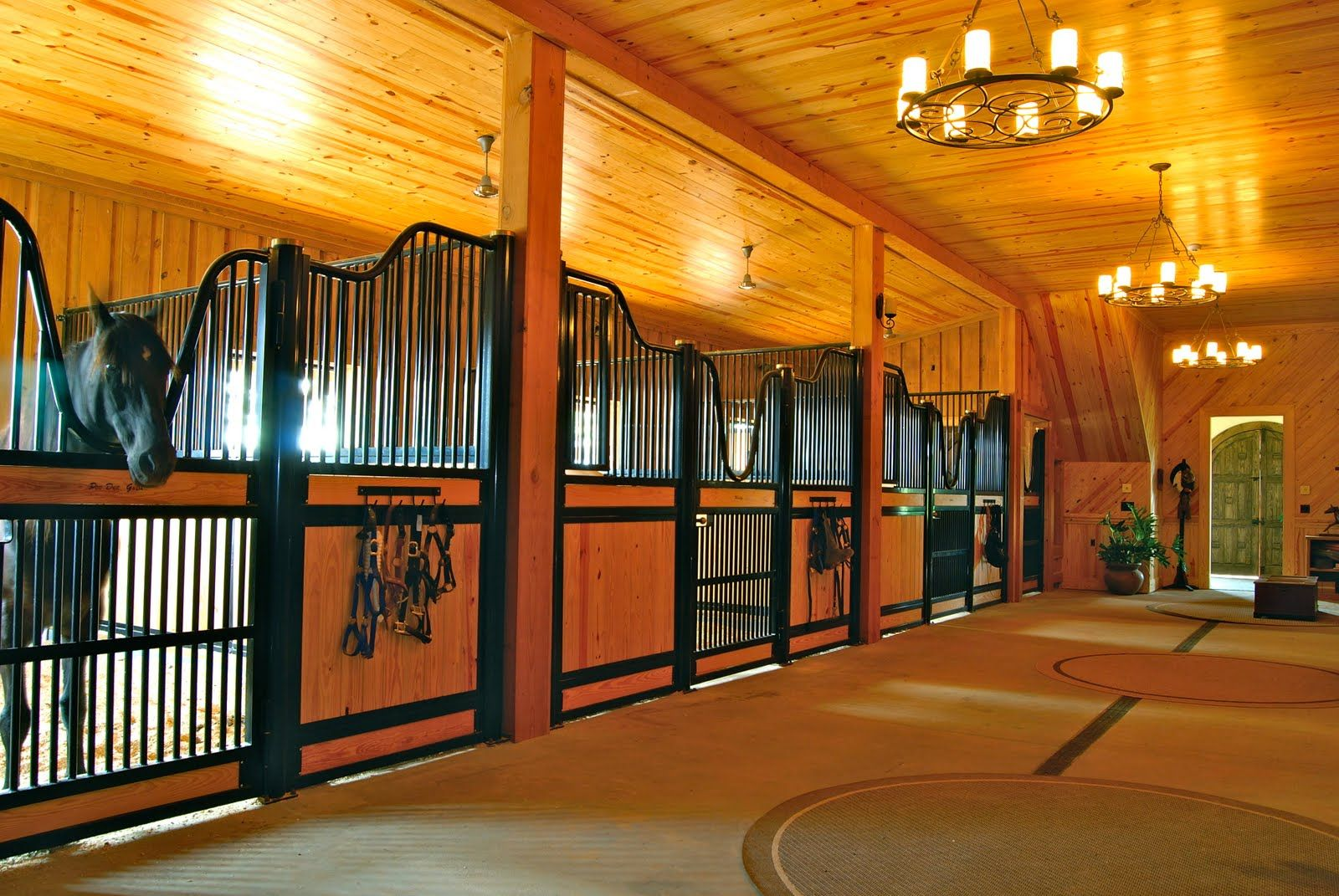 Inside Horse Barn yep..i could be a horseholy moses. | farming | pinterest | barn