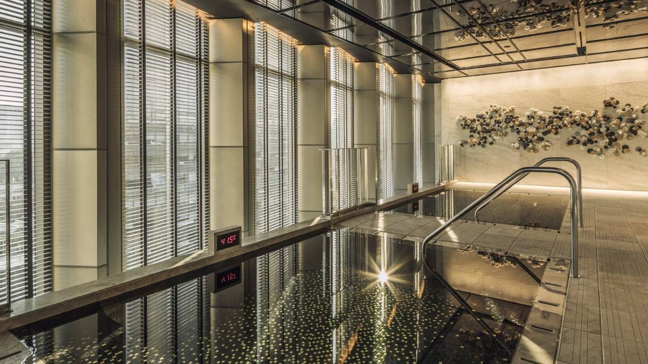 5 Star Hotels In Seoul Luxury Hotel Seoul Hotel Swimming Pool Swimming Pool Spa Spa Pool