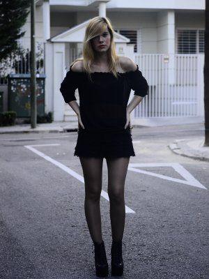 sayuri1931 Outfit  urbano  Otoño 2012. Combinar Botas Negras jeffrey campbell, Shorts Negros Zara, Cómo vestirse y combinar según sayuri1931 el 9-10-2012