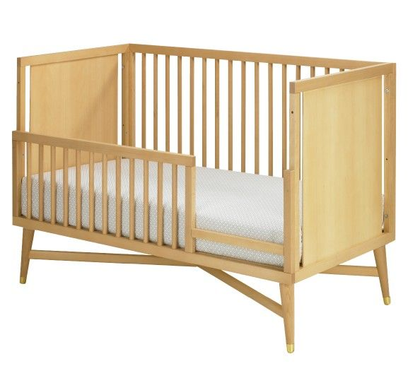 Dwell Studio Natural Wood Mid Century Toddler Bed Interiores Interiores Design Casas