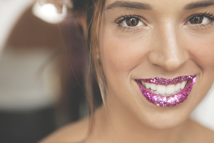 Boca Glitter Rosa  Make: Vanessa Rozan  Por Carol Farina
