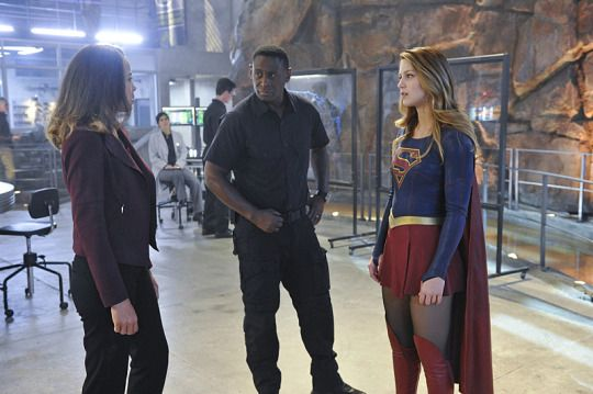 "#Supergirl #1x11 ""Stranger Visitor From Another Planet"" Stills"